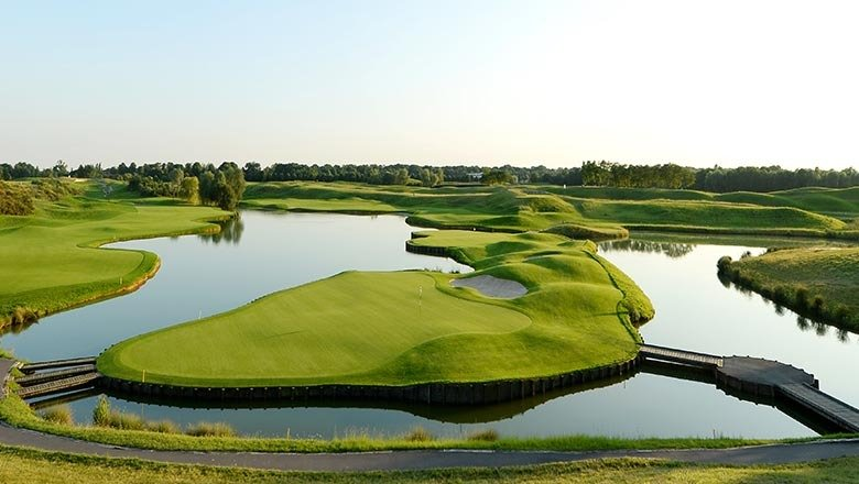 article-blog-club-paris-golfy-golf-national-1 Best Golfs 2020 par Fairways magazine : une belle présence Golfy!