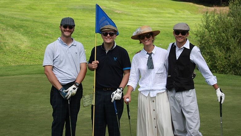 article-blog-golfy-golf-gets-evenement-retro9 Les Gets Golf Vintage, l'événement 100% rétro !