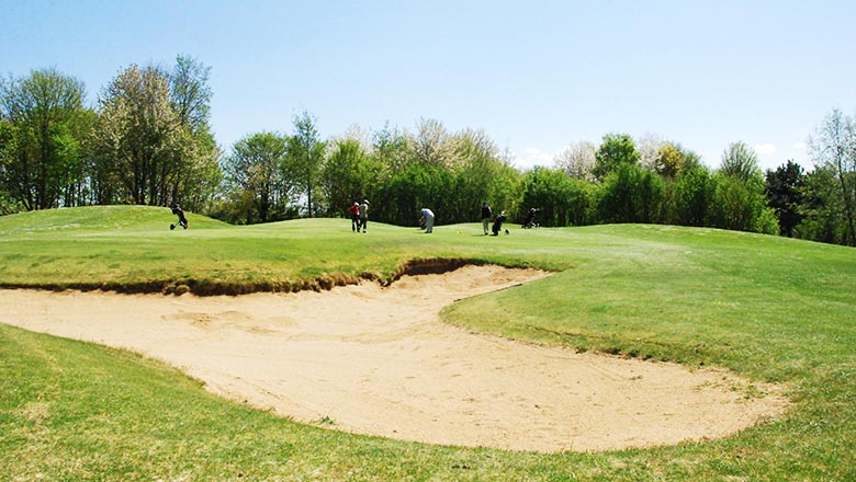 article-blog-golfy-bourges-golf-2 Le golf de Bourges:  l'As de Cœur...