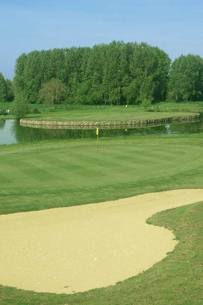 article-blog-golfy-bourges-golf-7 Le golf de Bourges:  l'As de Cœur...