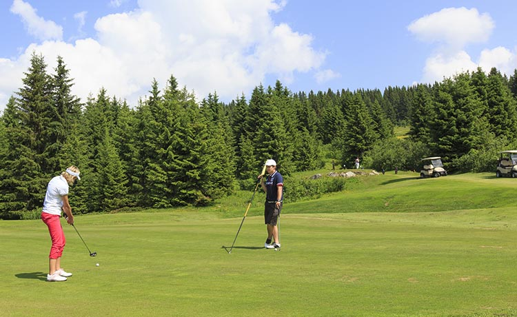article-blog-golfy-morzine-avoriaz-2 Golf d'Avoriaz Morzine : on passe au vert...