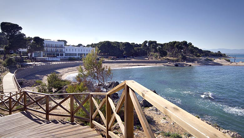 article-blog-golfy-emporda-hotel-empuries-1 Hostal Empúries